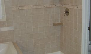 Powell OH Shower and Soaker Tub